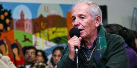 """Carlos Aznárez cuenta la historia de ANCLA: """"Teníamos que transformar un espacio de clandestinidad en una fuente contra-informativa"""""""